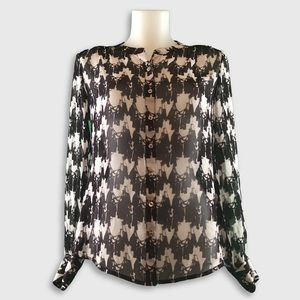 🆕 Banana Republic - Sheer Blouse - Size 4